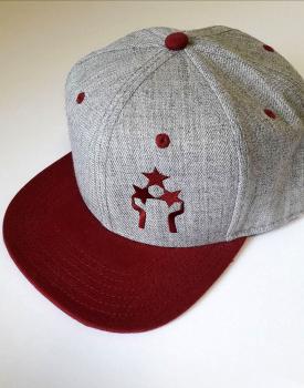 "Cepure ar nagu ""Trīs zvaigznes"" bordo"