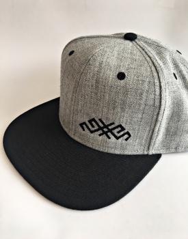 """Cepure ar nagu """"Mārtiņa zīme"""""""