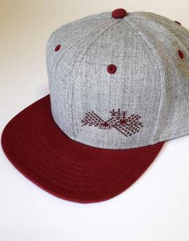 "Cepure ar nagu ""Latvija"" bordo"