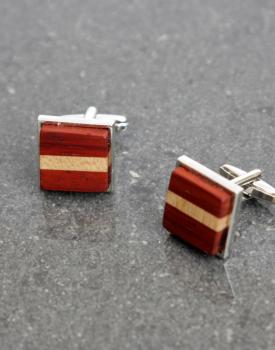 "Aproču pogas ""Latvijas karogs"" Nr.2"