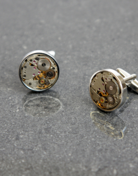 Aproču pogas ar pulksteņa mehānismu sudraba krāsā