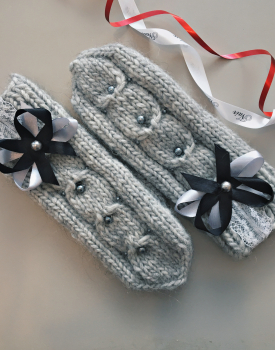 "Gloves ""Ribbon"" light gray"