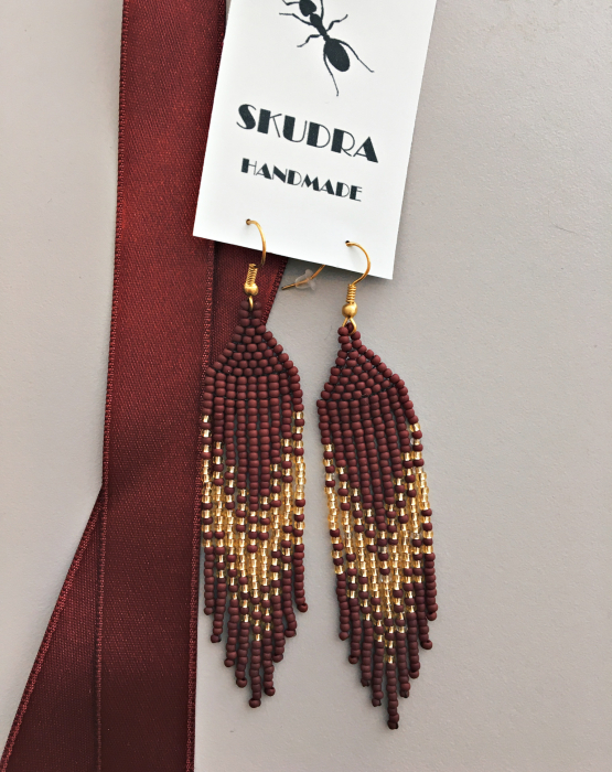 Pearl earrings - burgundy