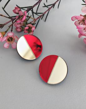 """Spoguļauskari """"Mēness"""" sarkani"""