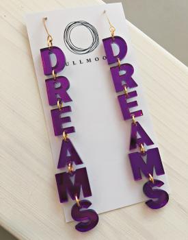 "Spoguļauskari ""Dreams"""