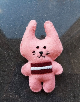 "Felt brooch ""Bunny"" light pink"
