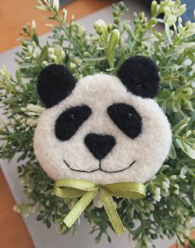 "Broša ""Panda"" filca"